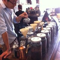 Foto tomada en Coffee Tomo por Zakary F. el 7/24/2013