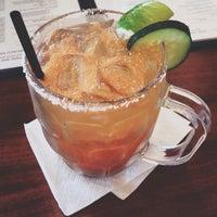 Das Foto wurde bei Hyde Park Bar & Grill South von Mina A. am 6/8/2014 aufgenommen