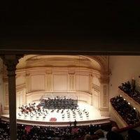 Foto diambil di Carnegie Hall oleh Sari S. pada 4/17/2013