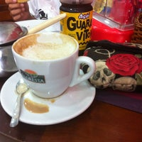 Photo taken at Café e Lanches Floriano by Dona S. on 1/17/2013