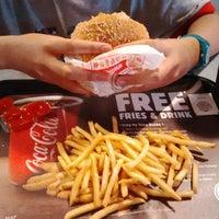 Photo taken at Burger King by dihar _. on 10/11/2014