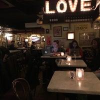 11/19/2017にJoshua G.がVanguard Wine Barで撮った写真