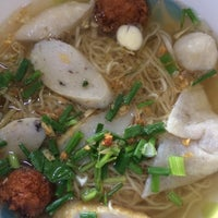 Photo taken at Nai Hung Fishball Noodle by `-myu彡◡̈⃝ on 4/26/2017
