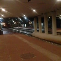 Photo taken at Metrolijn E (Den Haag Centraal) by Dirk D. on 11/12/2013