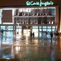 Foto tomada en El Corte Inglés por crazyalf el 1/17/2013