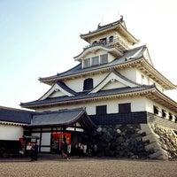 Photo taken at 長浜城 (長浜城歴史博物館) by Yuta K. on 5/3/2014