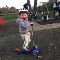 Photo taken at Alexandra Recreation Ground by Valentina C. on 12/3/2016
