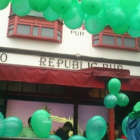 Photo taken at Republic Pub by Mileide F. on 3/17/2013