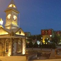 8/29/2013 tarihinde Tarkan A.ziyaretçi tarafından Cumhuriyet Meydanı'de çekilen fotoğraf