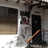 Foto scattata a Jazz Zone da Jonattan O. il 4/20/2013