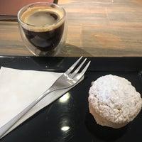 Foto tirada no(a) Origem Coffee Co. por Carolina A. em 1/4/2018