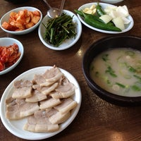 Photo taken at 병천순대국밥 by 챠챠(チャチャ) on 8/25/2013