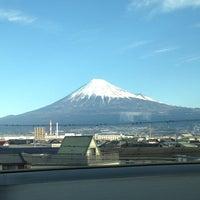 Photo taken at 富士山ビューポイント by ぐりーんりばー ち. on 1/1/2013