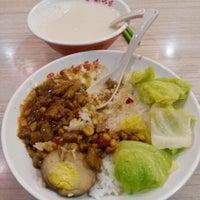 Photo taken at Yon Ho Soya  永和豆漿 by Patrick T. on 2/8/2014