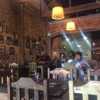 Foto tirada no(a) Restaurante Casa Verde por Ana Carolina B. em 4/30/2016