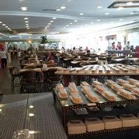 Photo taken at Pão Com Manteiga - Padaria & Grill by Rogerio C. on 10/27/2012