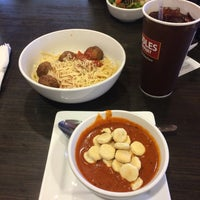 Photo taken at Noodles & Company by Roberto R. on 11/4/2016