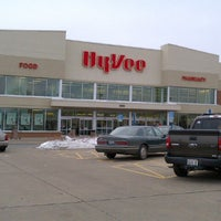 Photo taken at Hy-Vee by Chuck G. on 12/29/2012