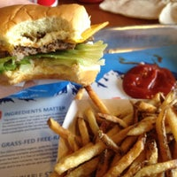 Photo taken at Elevation Burger by Sarah P. on 11/13/2012