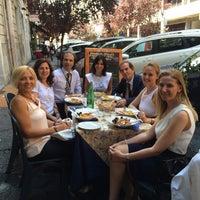 Foto scattata a Ambasciata di Capri da Refika B. il 6/19/2014