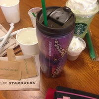 Photo taken at Starbucks by Dis P. on 1/8/2014