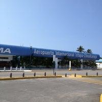 Photo taken at Aeropuerto Internacional Ixtapa-Zihuatanejo (ZIH) by Gildardo C. on 9/30/2012