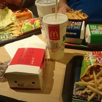 Photo taken at McDonald's by Tianyi C. on 6/17/2014