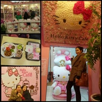 Photo taken at Hello Kitty Cafe by Irien S. on 3/29/2015