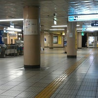 Photo taken at Ginza-itchome Station (Y19) by 芳雄 大. on 6/22/2013
