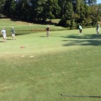 Photo prise au Charlie Yates Golf Course par Micah M. le9/6/2014