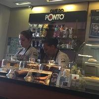 Foto tirada no(a) Cafe do Ponto por Gizelda T. em 11/26/2017