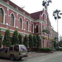 Photo taken at Debsirin School by อาตี๋น้อย น. on 10/10/2012