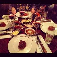 11/17/2012 tarihinde Jana R.ziyaretçi tarafından Goodman Steakhouse'de çekilen fotoğraf