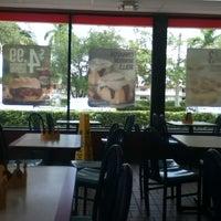 Photo taken at Burger King by Vero V. on 7/24/2013