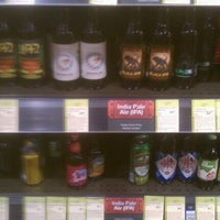 Photo prise au Total Wine & More par Dallas G. le11/17/2012