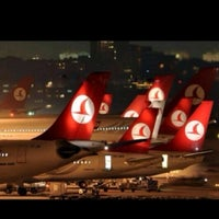 Photo taken at Istanbul Atatürk Airport (IST) by 💫DNZ💫 S. on 10/31/2013