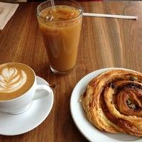 Foto scattata a Ultimo Coffee Bar da Yanfei W. il 4/28/2013
