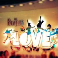 Foto scattata a The Beatles LOVE (Cirque du Soleil) da Di il 4/2/2013