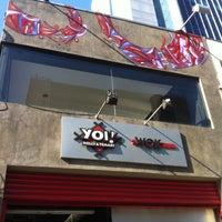 Foto tirada no(a) Yoi! Rolls & Temaki por Vanessa S. em 5/11/2013