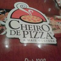 Photo taken at Cheiro de Pizza by Luana R. on 12/5/2012