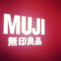 Photo taken at MUJI 無印良品 by Teewara Z. on 7/1/2013