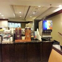 Photo taken at Holiday Inn Express Philadelphia-Midtown by Chit Seng T. on 11/30/2012