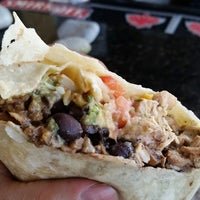 Photo taken at Big Daddy's Burritos by Leonardo U. on 8/15/2014