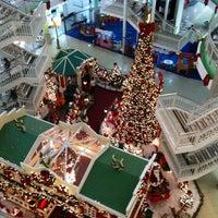 Foto tirada no(a) North Shopping Fortaleza por Henrique O. em 11/20/2012