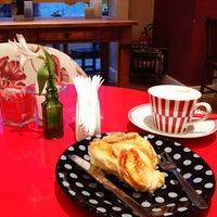 Foto tirada no(a) Viverone Café Boutique por Kevin C. em 6/25/2013