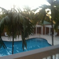 Photo taken at Courtyard by Marriott Miami Aventura Mall by Valdir M. on 10/15/2012