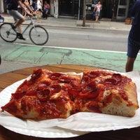 Das Foto wurde bei Prince Street Pizza von Mark C. am 7/13/2013 aufgenommen