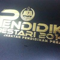 Photo taken at Jabatan Pendidikan Negeri by Silver A. on 3/28/2014