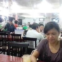 Photo taken at Warung 94 Belakang Kantor Pos by Uut M. on 9/25/2012
