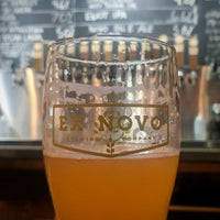 Foto tomada en Ex Novo Brewing por Scoreboard el 5/5/2018